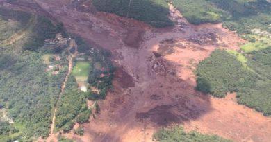 Barragem de resíduos da Vale se rompe em Brumadinho, Minas Gerais