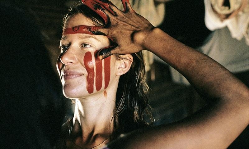 Antropóloga francesa dedica-se integralmente à preservação das tradições dos povos Kayapó e Pareci, na Amazônia brasileira
