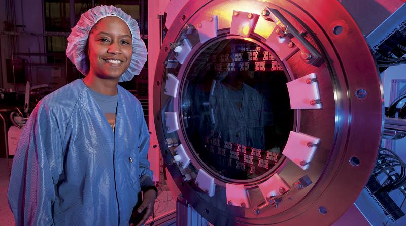 Astrofísica brasileira recebe um dos prêmios mais importantes da ciência mundial