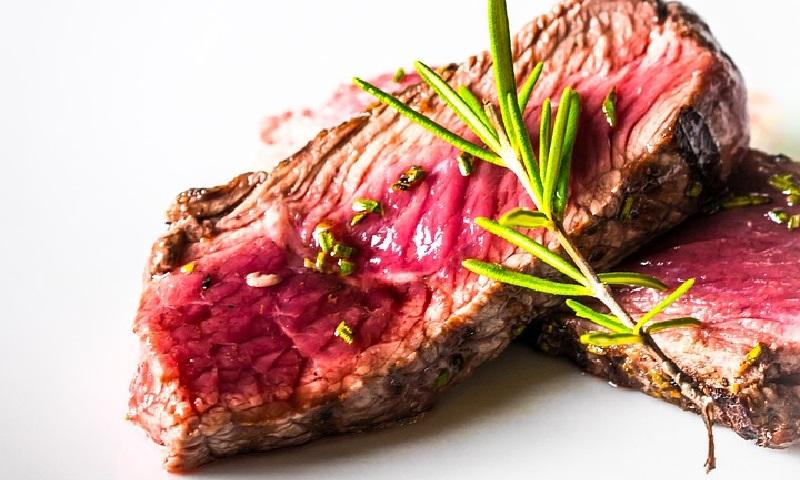 Alemanha estudo aumentar imposto sobre carne para desestimular consumo e combater crise climática