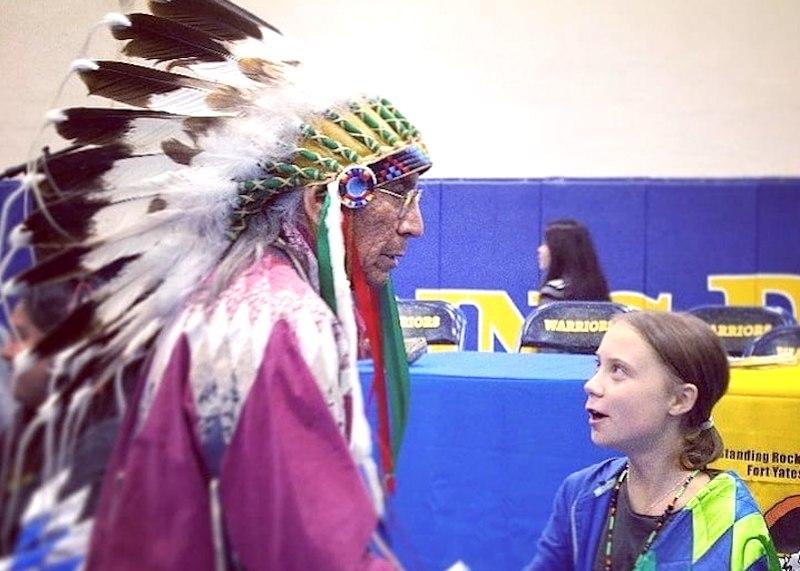 http://conexaoplaneta.com.br/wp-content/uploads/2019/10/greta-thunberg-e-indigenas-sioux-foto2-divulgacao.jpg
