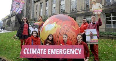 'Emergência climática' é eleita a palavra do ano pelo dicionário Oxford