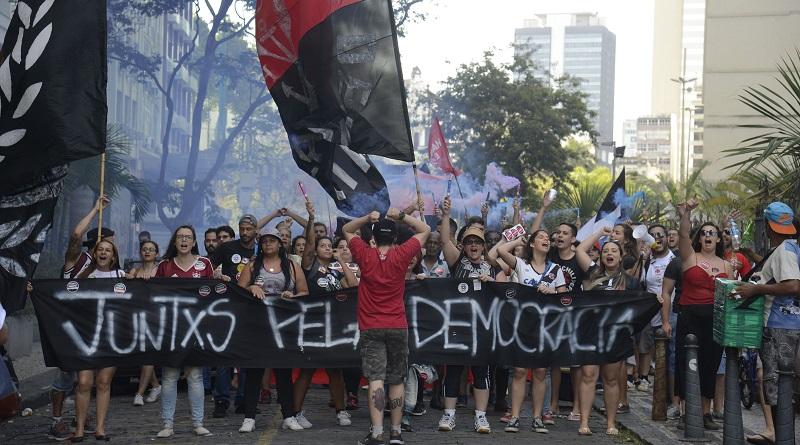 Mais de 500 organizações, cientistas, jornalistas e ativistas lançam manifesto em defesa da democracia no Brasil