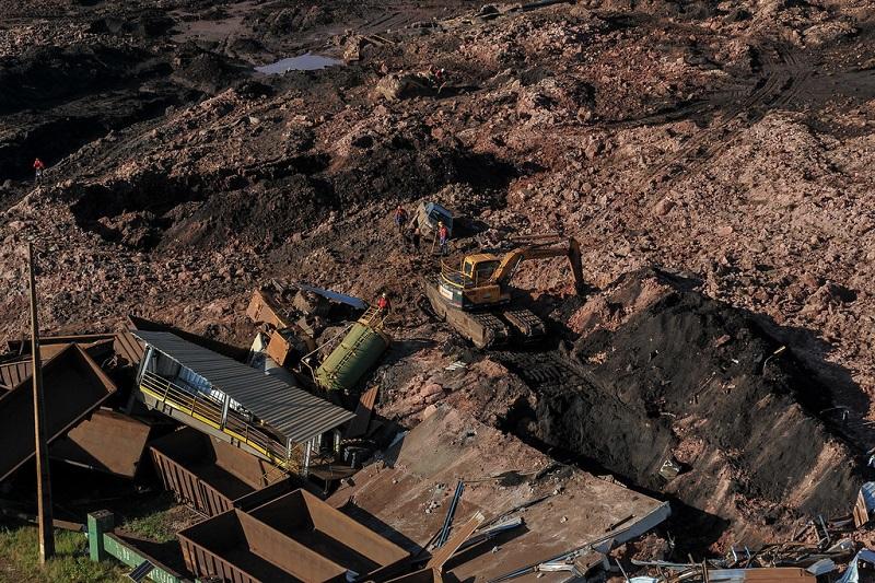 Governo de Minas favoreceu 25 projetos de alto risco da Vale. Brumadinho é apenas um deles