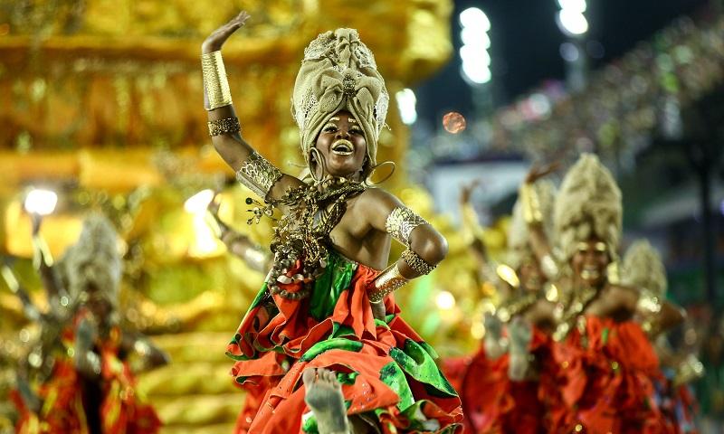 Viradouro é campeã do carnaval carioca com tributo às mulheres negras de Salvador, as primeiras feministas do Brasil
