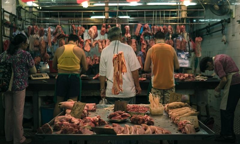 Shenzhen é a primeira cidade da China a proibir o consumo de carne de cães e gatos