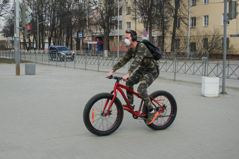 França e Alemanha incentivam uso de bicicletas para evitar aglomerações em transporte público devido ao coronavírus