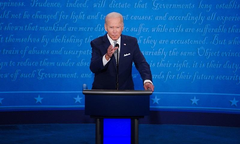 """""""Colocarei os Estados Unidos de volta no Acordo de Paris"""", diz Joe Biden, em debate com Trump, no qual citou o desmatamento no Brasil"""