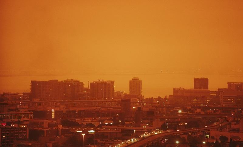 """""""O céu está diferente de tudo o que jamais vimos"""", diz prefeita de São Francisco, sobre  incêndios que devastam EUA"""