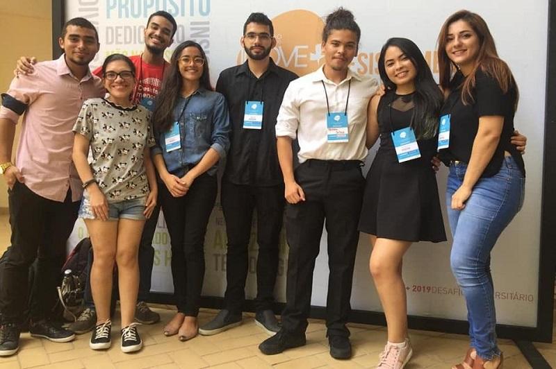 Estudante do Pará concorre em competição mundial com bioplástico comestível, que prolonga a vida de frutas e verduras