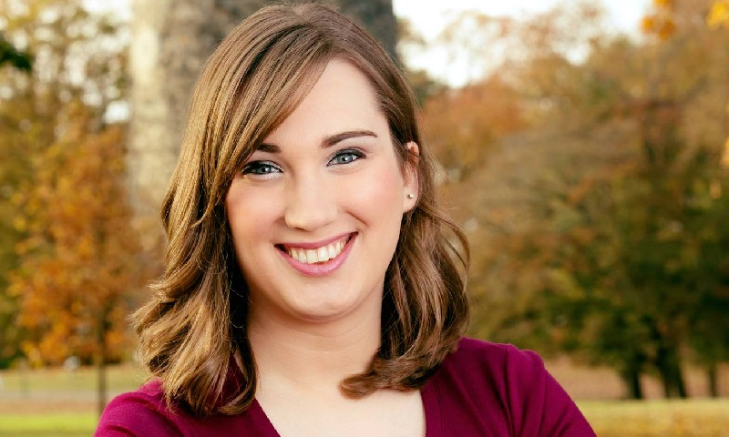 Ativista Sarah McBride é a primeira senadora transgênero eleita nos Estados Unidos