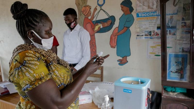 Geladeiras solares serão aliadas da vacinação contra a COVID em comunidades distantes e pobres da África