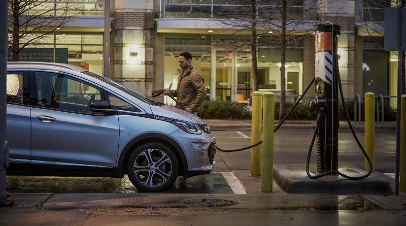 Maior montadora de carros dos Estados Unidos, General Motors anuncia que só modelos elétricos a partir de 2035