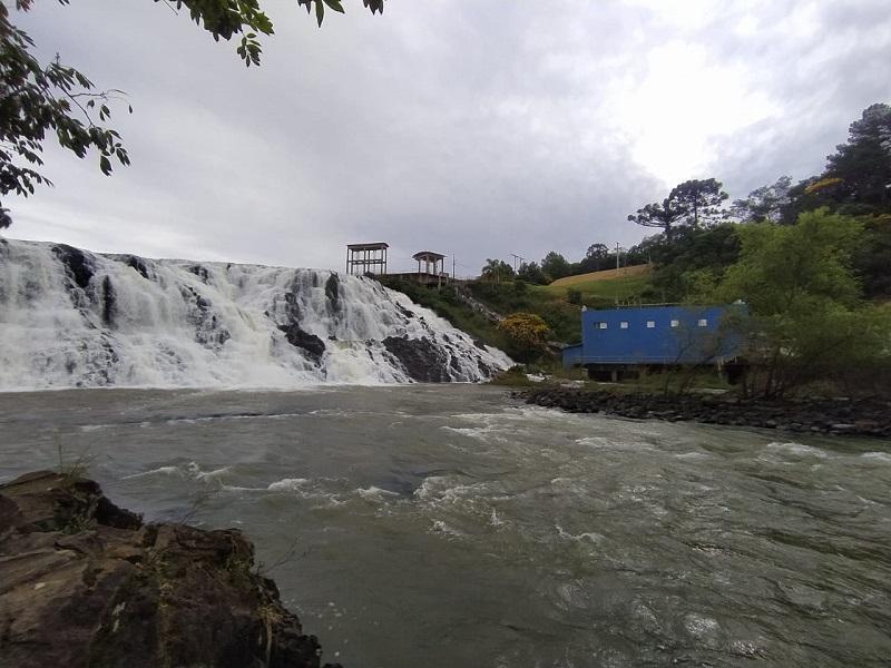 Paraná gera mais que o dobro de energia que consome, mas projetos hidrelétricos de enorme impacto ambiental continuam a ser aprovados