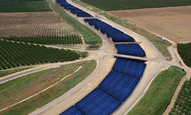 Califórnia estuda instalação de painéis solares sobre canais para evitar aquecimento e evaporação de água