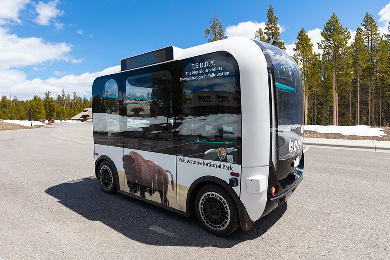 Parque Nacional de Yellowstone tem projeto piloto com ônibus elétrico autônomo