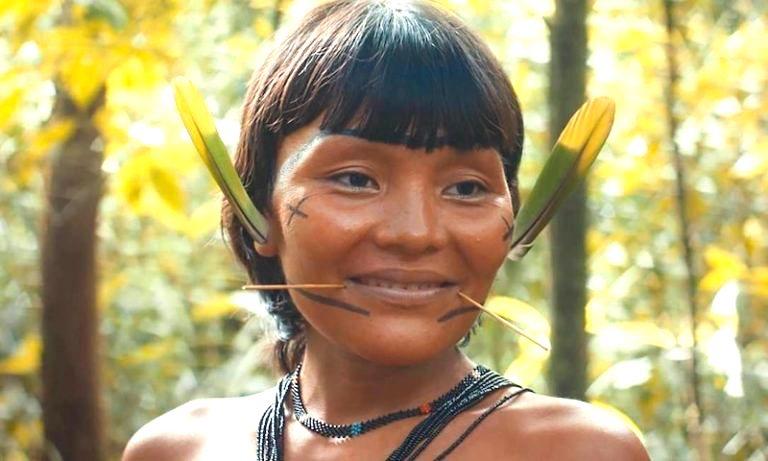 Depois de conquistar 4 prêmios internacionais, 'A Última Floresta', de Luiz Bolognesi, estreia no Brasil