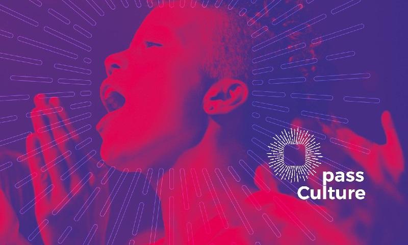 Governo da França dá 300 euros para jovens de 18 anos comprarem livros, discos e ingressos para eventos culturais