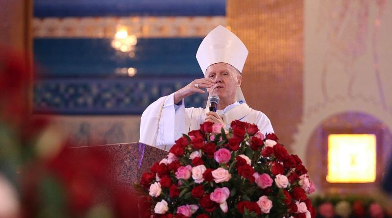 """""""Pátria amada não pode ser pátria armada"""", afirma arcebispo durante missa em Aparecida"""